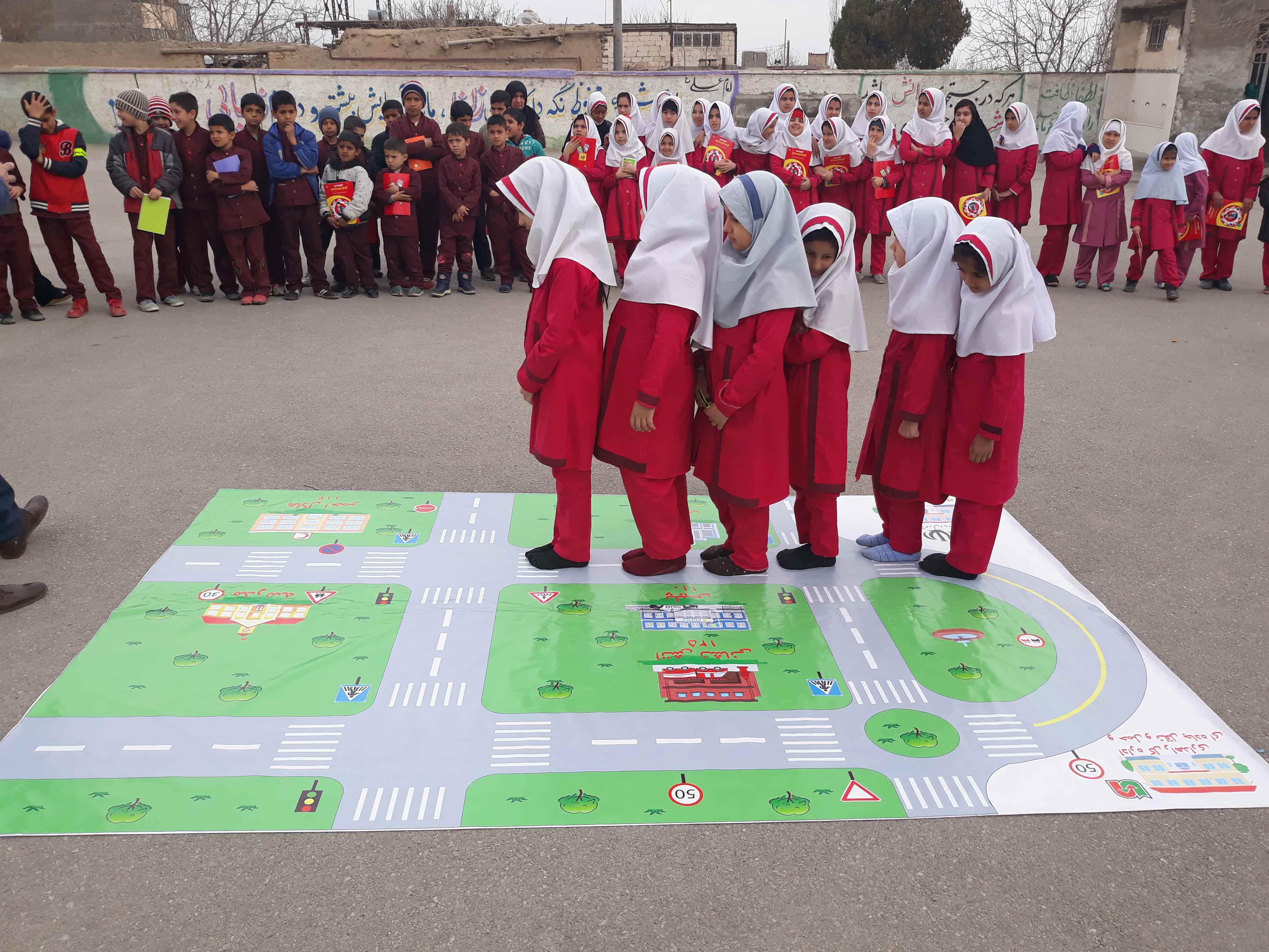Road Safety Pioneers improve school zones in Iran